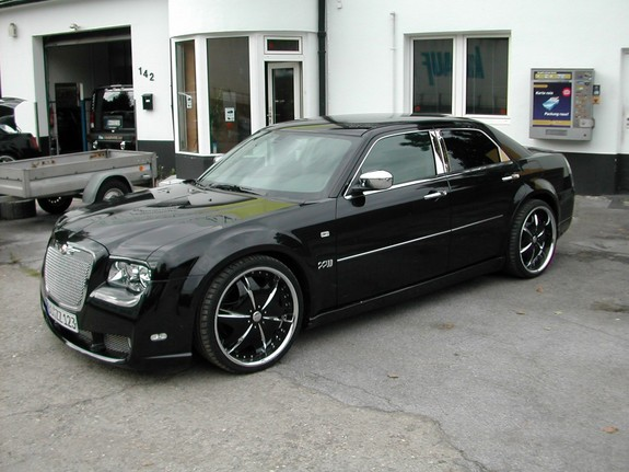 Allhotsuvs 2007 chrysler 300 specs photos modification - 2007 chrysler 300 custom interior ...