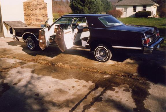 Another kinglincoln 1977 Mercury Grand Marquis post... - 307258
