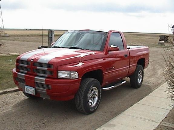 slappyjoystick 1997 dodge ram 1500 regular cab specs, photos 1997 Dodge Ram 1500 Sport Running Board slappyjoystick 1997 dodge ram 1500 regular cab 2060900001_large