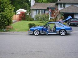 beastyblue 1990 Ford Mustang