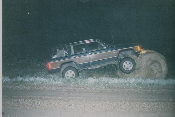 Another Devils_Run 1990 Jeep Wagoneer post... - 379929