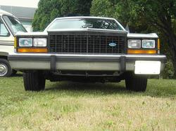 BIGHAWK 1985 Ford LTD Crown Victoria