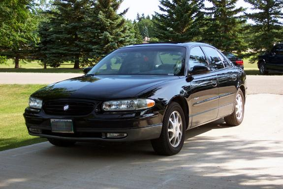 blackgs 39 s 1998 buick regal in winnipeg mb. Black Bedroom Furniture Sets. Home Design Ideas