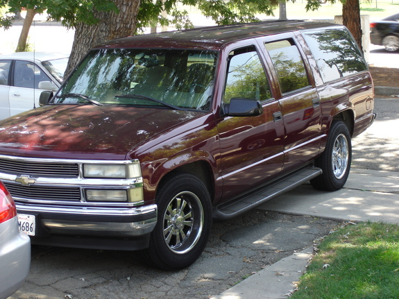 mastert 1999 chevrolet suburban 1500 specs photos modification info at cardomain. Black Bedroom Furniture Sets. Home Design Ideas