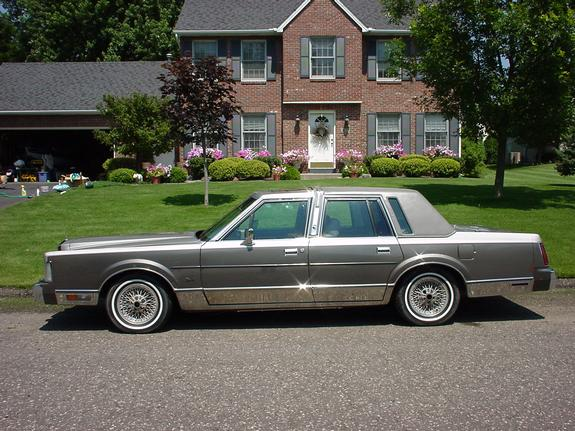 cleancut 39 s 1989 lincoln town car in white bear lake mn. Black Bedroom Furniture Sets. Home Design Ideas