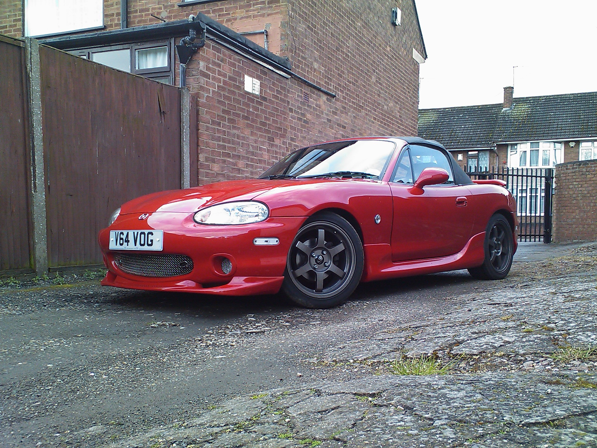 quivver 39 s 1999 mazda miata mx 5 in coventry un. Black Bedroom Furniture Sets. Home Design Ideas