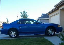mustangbabe03 2000 Ford Mustang
