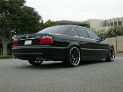 The_Shadowchaser 2001 BMW 7 Series 550934