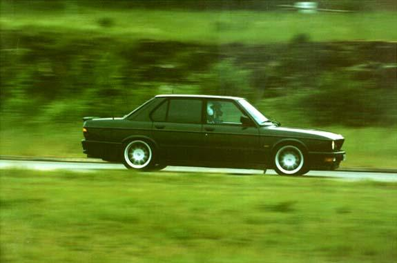 Another roverinblue 1988 BMW M5 post... - 567327