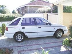 DanielVOOKs 1992 Hyundai Excel