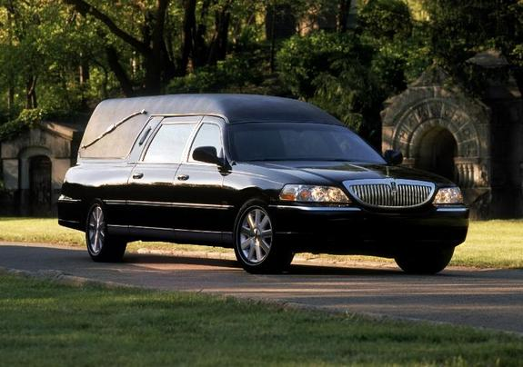 ghostdriver 2003 lincoln town car specs photos modification info at cardomain. Black Bedroom Furniture Sets. Home Design Ideas