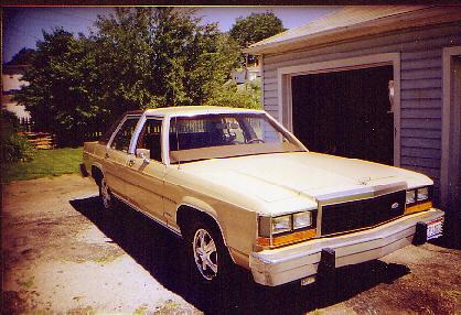 Another murphmobile2 1984 Ford LTD Crown Victoria post... - 628424