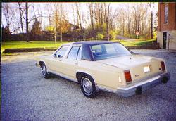 Another murphmobile2 1984 Ford LTD Crown Victoria post... - 628453