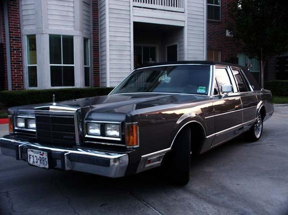 esoteric123 1989 lincoln town car specs photos modification info at cardomain. Black Bedroom Furniture Sets. Home Design Ideas