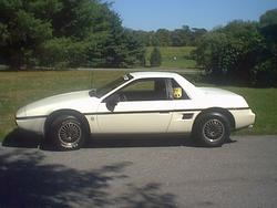 Pagansuns 1984 Pontiac Fiero