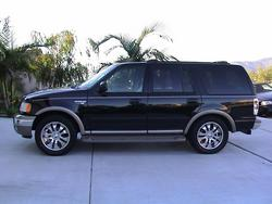 Canada_Expy 2002 Ford Expedition
