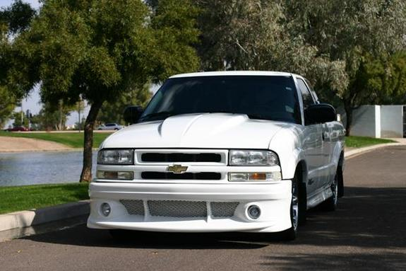 xtremeone9er 2000 chevrolet s10 regular cab specs photos modification info at cardomain. Black Bedroom Furniture Sets. Home Design Ideas