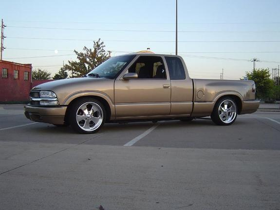 Another gold10 1999 Chevrolet S10 Extended Cab post... - 712052