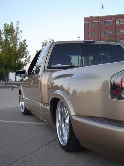 Another gold10 1999 Chevrolet S10 Extended Cab post... - 712058