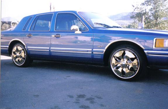 Goldenlincoln 1991 Lincoln Town Car Specs Photos Modification Info