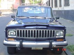 asimetric 1985 Jeep Grand Wagoneer
