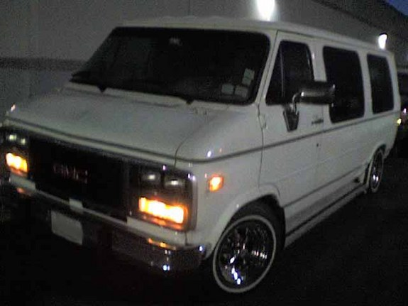 Box_Cruiser07's 1995 GMC Vandura 1500
