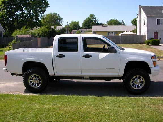 bikerm2o 2005 chevrolet colorado regular cab specs photos modification info at cardomain. Black Bedroom Furniture Sets. Home Design Ideas
