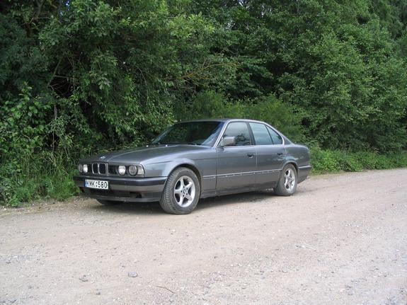 lakunas 1990 bmw 5 series specs photos modification info. Black Bedroom Furniture Sets. Home Design Ideas