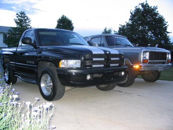 another ramv8charger 1998 dodge ram 1500 regular cab post. Black Bedroom Furniture Sets. Home Design Ideas