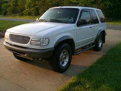 mikeyboy74 1998 Ford Explorer Sport
