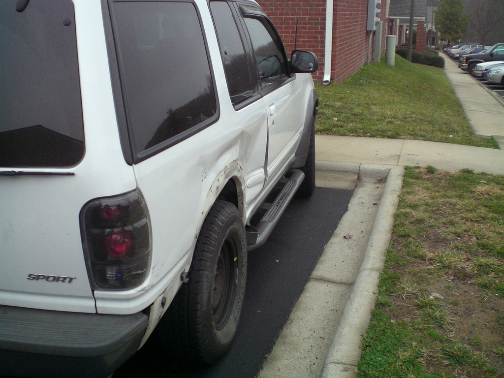 Another mikeyboy74 1998 Ford Explorer Sport post... - 6478019