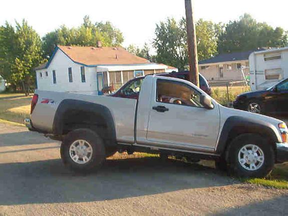 faqu2to 2004 Chevrolet Colorado Regular Cab