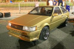 TOYCOOLROLLAs 1985 Toyota Corolla