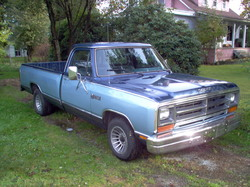 Xorcyst 1987 Dodge D150 Club Cab