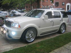 2053401 2004 Lincoln Aviator