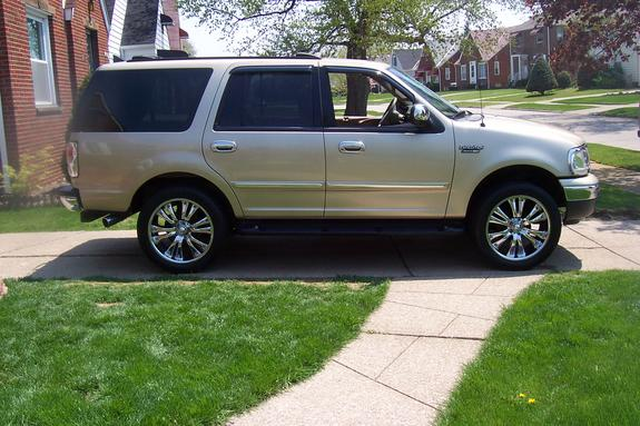 expoon22s 2000 ford expedition specs photos modification info at cardomain. Black Bedroom Furniture Sets. Home Design Ideas