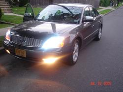 justin07083s 2005 Ford Five Hundred