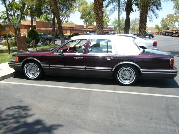 93towncar 39 s 1993 lincoln town car in tucson az. Black Bedroom Furniture Sets. Home Design Ideas
