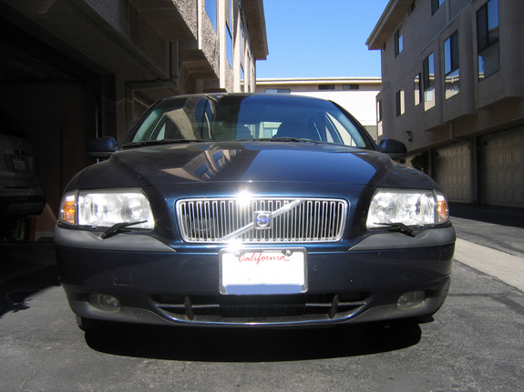 Large on 1999 Volvo S80 T6 Specs