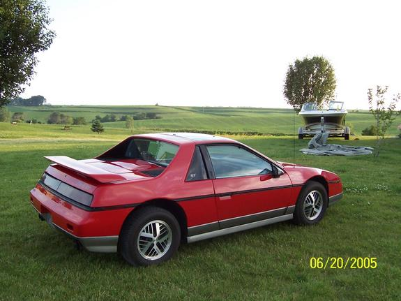 Another buger_57 1985 Pontiac Fiero post... - 6616893