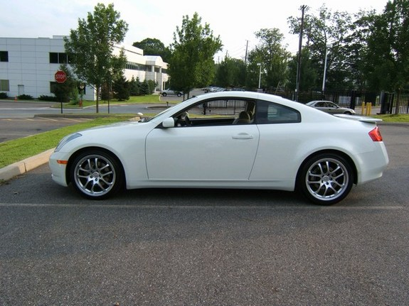 g35 coupe13 39 s 2005 infiniti g in bergenfield nj. Black Bedroom Furniture Sets. Home Design Ideas