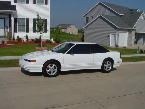 97cutlass8998 1997 oldsmobile cutlass supreme specs photos modification info at cardomain cardomain