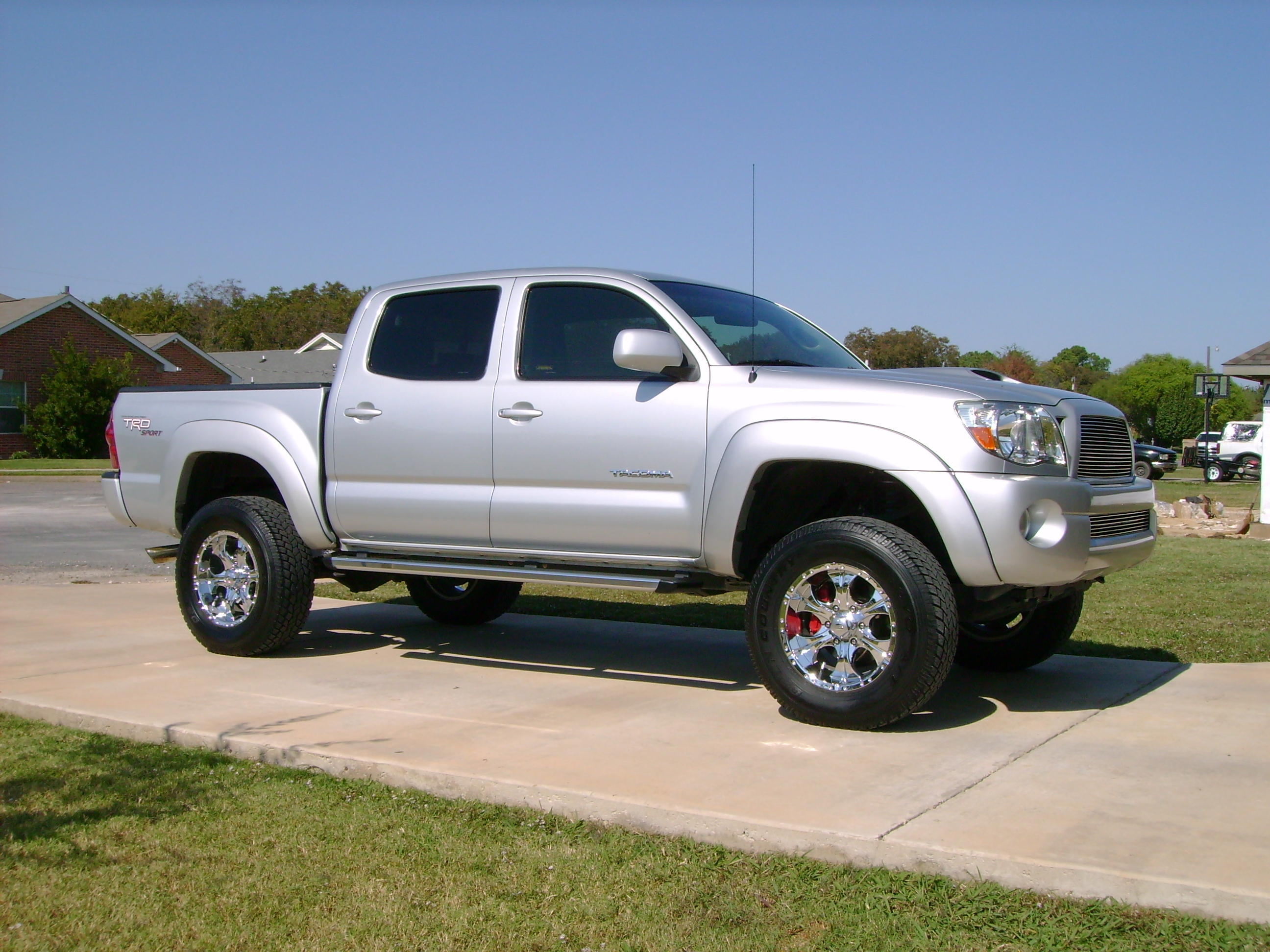 yfzjen 2005 toyota tacoma xtra cab specs photos modification info at cardomain. Black Bedroom Furniture Sets. Home Design Ideas