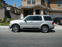 dboy619s 2005 Lincoln Aviator