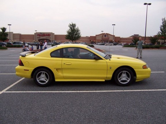 Another stangchicaash 1994 Ford Mustang post... - 6710057