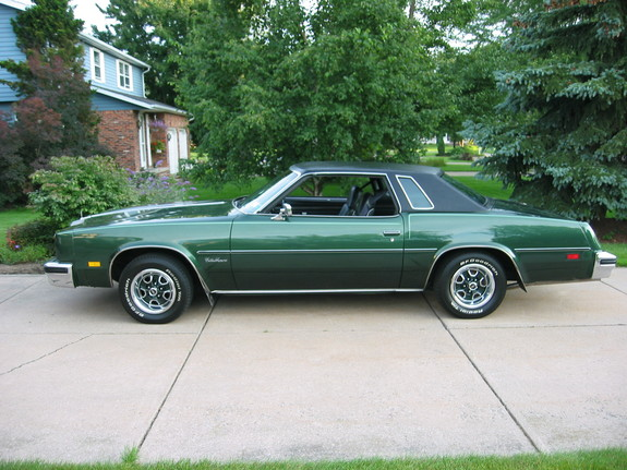 76oldscutlass 1976 Oldsmobile Cutlass Supreme 6712190