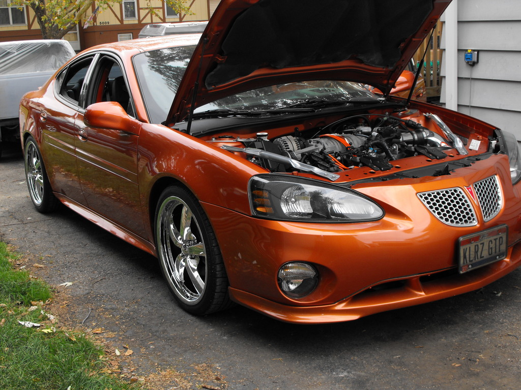 jennyk21 2004 pontiac grand prix specs photos. Black Bedroom Furniture Sets. Home Design Ideas