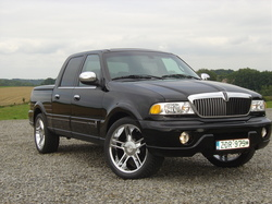 hdblkwds 2002 Lincoln Blackwood