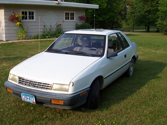 Another leviathen88 1992 Plymouth Sundance post... - 6744077