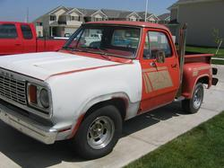 78LilRed 1978 Dodge D150 Club Cab